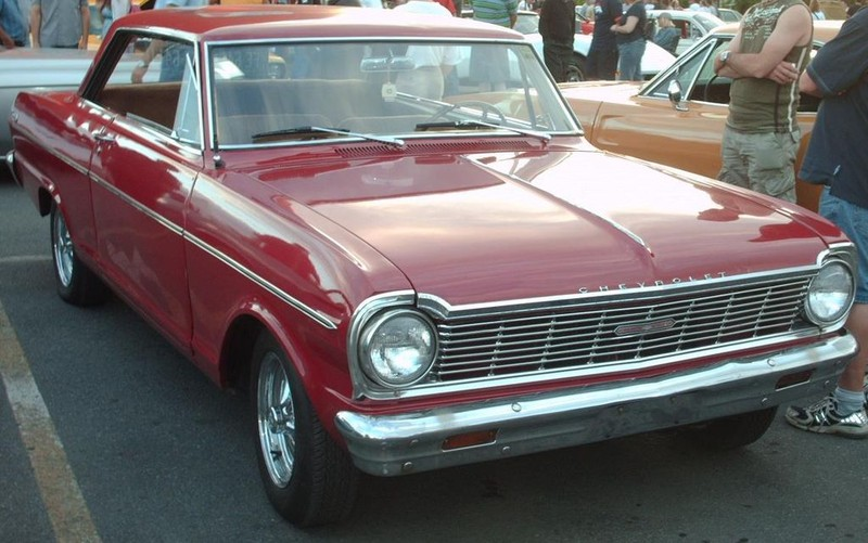 ":: ""1965 Chevrolet Chevy II Nova SS coupé in red"" von Bull-Doser - Eigenes Werk. Lizenziert unter Gemeinfrei über Wikimedia Commons - https://commons.wikimedia.org/wiki/File:1965_Chevrolet_Chevy_II_Nova_SS_coup%C3%A9_in_red.jpg#/media/File:1965_Chevrolet_Chevy_II_Nova_SS_coup%C3%A9_in_red.jpg"