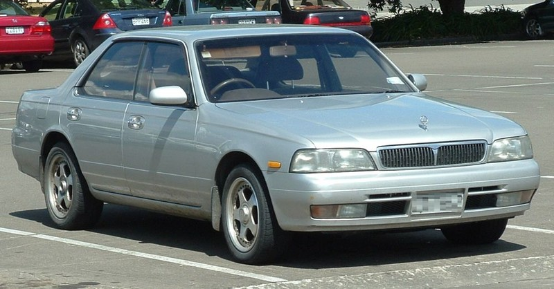 ":: ""Nissan C34 Laurel"" von RB30DE - Eigenes Werk. Lizenziert unter Gemeinfrei über Wikimedia Commons - https://commons.wikimedia.org/wiki/File:Nissan_C34_Laurel.jpg#/media/File:Nissan_C34_Laurel.jpg"